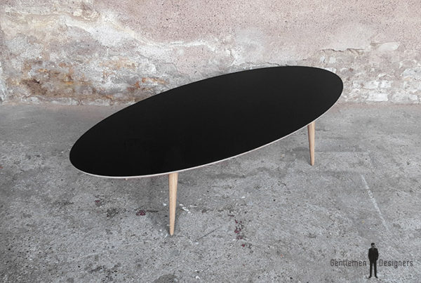 Table_basse_ovale_pied_compas_chene_vintage_sur_mesure_creation_design_annee_50_60_fabriquer_france_made_in_gentlemen_designers_strasbourg_alsace_francais-(4)