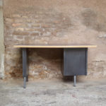 Bureau vintage style industriel, gris anthracite, tiroirs Gentlemen Designers