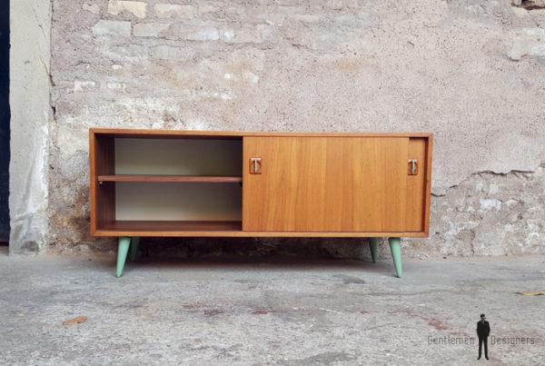 GENTLEMEN DESIGNERS Meuble bas tv vintage en teck graphique, porte coulissante