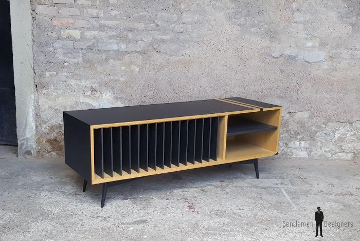 meuble vinyle esprit vintage graphique ch ne clair noir. Black Bedroom Furniture Sets. Home Design Ideas