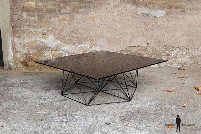 table basse vintage design pieds m tal eiffel plateau verre. Black Bedroom Furniture Sets. Home Design Ideas