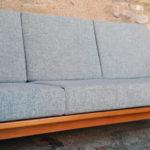 Canapé scandinave vintage, tissu Kvadrat, rénové Gentlemen Designers
