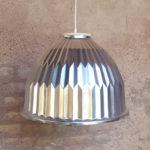 Supension, luminaire coque à facette, métal style indus