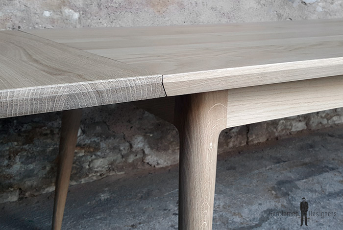 table_rallonge_chene_massif_mobilier_vintage_sur_mesure_creation_design_annee_50_60_fabriquer_france_made_in_gentlemen_designers_strasbourg_alsace_francais-(3)