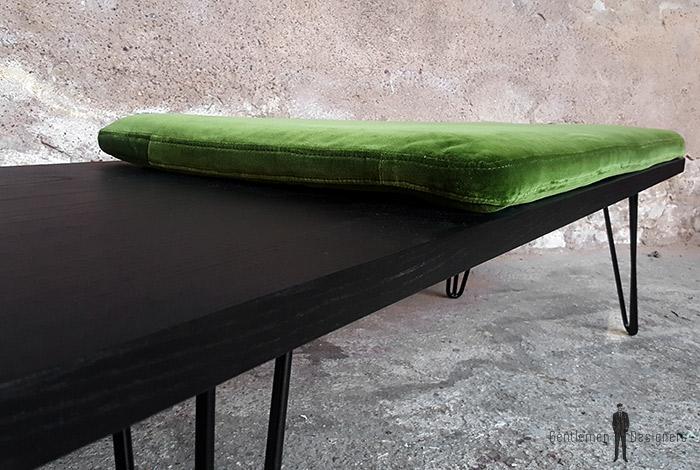 Banc_chene_teinte_ebene_vert_tissu_vintage_sur_mesure_creation_design_annee_50_60_fabriquer_france_made_in_gentlemen_designers_strasbourg_alsace_francais-(11)
