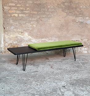 Banc_chene_teinte_ebene_vert_tissu_vintage_sur_mesure_creation_design_annee_50_60_fabriquer_france_made_in_gentlemen_designers_strasbourg_alsace_francais_vignette
