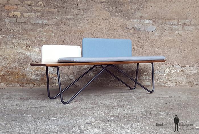Banc_chene_tissu_bleu_blanc_gris_banquette_mobilier_vintage_sur_mesure_creation_design_annee_50_60_fabriquer_france_made_in_gentlemen_designers_strasbourg_alsace_francais-(7)