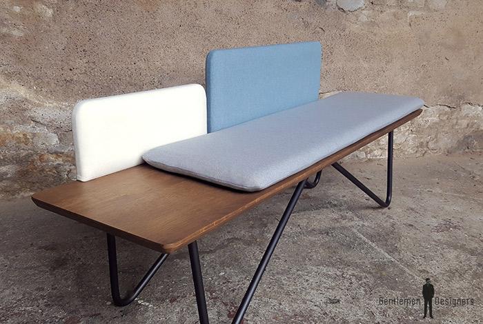 Banc_chene_tissu_bleu_blanc_gris_banquette_mobilier_vintage_sur_mesure_creation_design_annee_50_60_fabriquer_france_made_in_gentlemen_designers_strasbourg_alsace_francais-re (1)