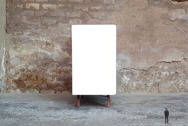 Meuble_2_portes_blanc_noyer_pied_compas_vintage_unique_original_gentlemen_designers_strasbourg_paris_alsace_handschuheim_bas-rhin_france-(10)
