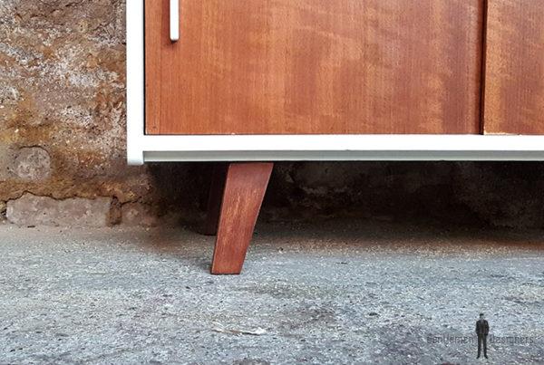 Meuble_2_portes_blanc_noyer_pied_compas_vintage_unique_original_gentlemen_designers_strasbourg_paris_alsace_handschuheim_bas-rhin_france-(4)