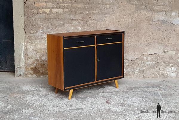Meuble_noyer_2_porte_2_tiroirs_vintage_unique_original_gentlemen_designers_strasbourg_paris_alsace_handschuheim_bas-rhin_france-(12)