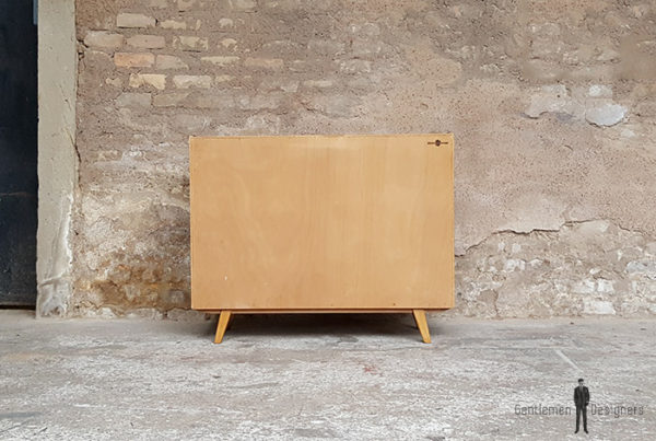 Meuble_noyer_2_porte_2_tiroirs_vintage_unique_original_gentlemen_designers_strasbourg_paris_alsace_handschuheim_bas-rhin_france-(3)