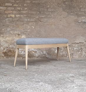 banc_tissu_kvadrat_gris_chene_mobilier_vintage_sur_mesure_creation_design_annee_50_60_fabriquer_france_made_in_gentlemen_designers_strasbourg_alsace_francais_vignette