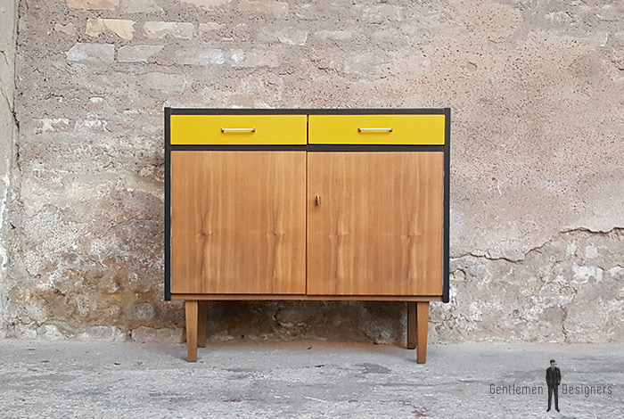 meuble_rangement_2_tiroirs_2_porte_jaune_noir_vintage_unique_original_gentlemen_designers_strasbourg_paris_alsace_handschuheim_bas-rhin_france-(1)