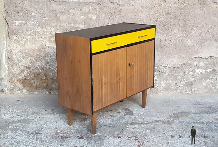 meuble_rangement_2_tiroirs_2_porte_jaune_noir_vintage_unique_original_gentlemen_designers_strasbourg_paris_alsace_handschuheim_bas-rhin_france-(5)