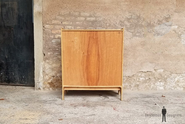 buffet_chene_vert_kaki_noir_tiroirs_portes_verre_sur_mesure_vintage_unique_original_gentlemen_designers_strasbourg_paris_alsace_handschuheim_bas-rhin_france-(2)