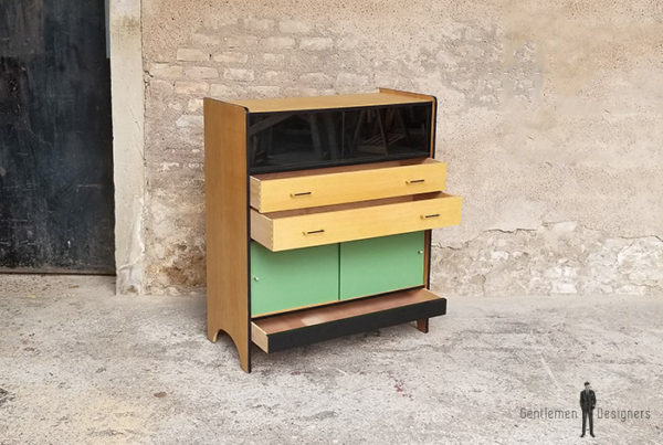 buffet_chene_vert_kaki_noir_tiroirs_portes_verre_sur_mesure_vintage_unique_original_gentlemen_designers_strasbourg_paris_alsace_handschuheim_bas-rhin_france-(9)