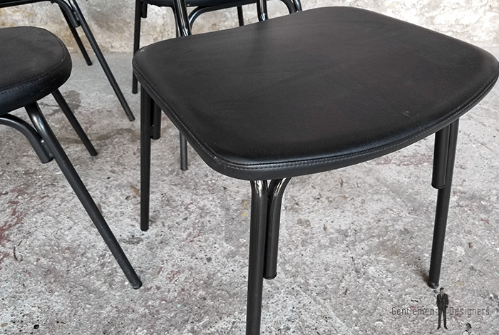 chaise_noir_rouge_vert_monochrome_sur_mesure_vintage_unique_original_gentlemen_designers_strasbourg_paris_alsace_handschuheim_bas-rhin_france-(18)