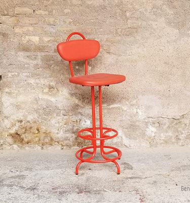 chaise_rouge_tabouret_bar_monochrome_metal_sky_sur_mesure_vintage_unique_original_gentlemen_designers_strasbourg_paris_alsace_handschuheim_bas-rhin_france-vignette