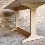 Table_esprit_scandinave_pieds_chene_massif_fenix_strat_noir_sur_mesure_vintage_unique_original_gentlemen_designers_strasbourg_paris_alsace_handschuheim_bas-rhin_france-(3)