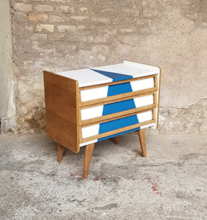 commode_3_tiroirs_graphique_blanc_bleu_pieds_compa_chene_sur_mesure_vintage_unique_original_gentlemen_designers_strasbourg_paris_alsace_handschuheim_bas-rhin_france-vignette