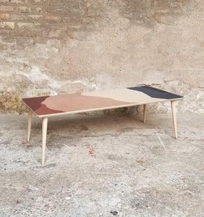 table-basse_graphique_impression_rose_rouge_bleu_terracota_sur_mesure_vintage_unique_original_gentlemen_designers_strasbourg_paris_alsace_handschuheim_bas-rhin_france-vignette