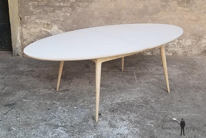 Creation sur mesure table ovale stratifi e fenix blanc rallonges - Table stratifie sur mesure ...