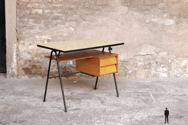 Bureau_ecole_annee_50_plateau_inclinable_formica_Bois_scandinave_mobilier_vintage_design_annee_50_60_original_gentlemen_designers_strasbourg_alsace_paris_lyon_01