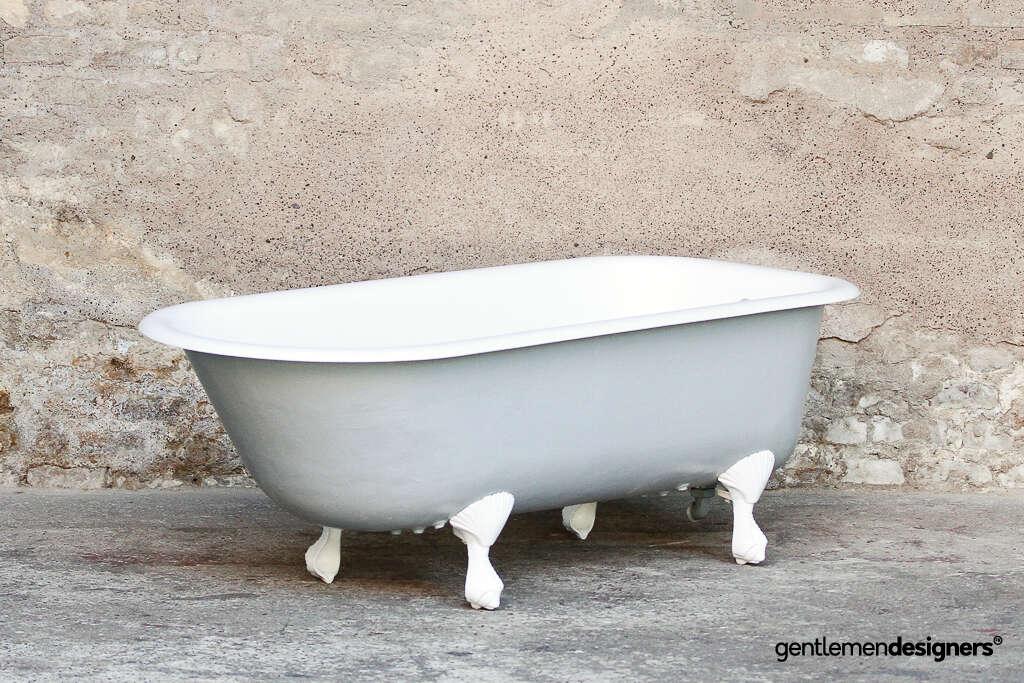 Baignoire Ancienne Restauree En Fonte Emaillee Sur Pied Modele Griffes D Aigle Circa 1920 Gentlemen Designers