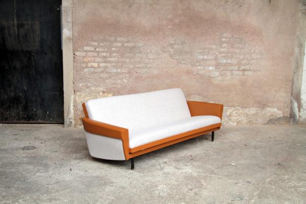 Canape_convertible_vintage_grischine_cuir_brun_caramel_mobilier_design_annee_50_60_original_gentlemen_designers_strasbourg_alsace_paris_lyon_01