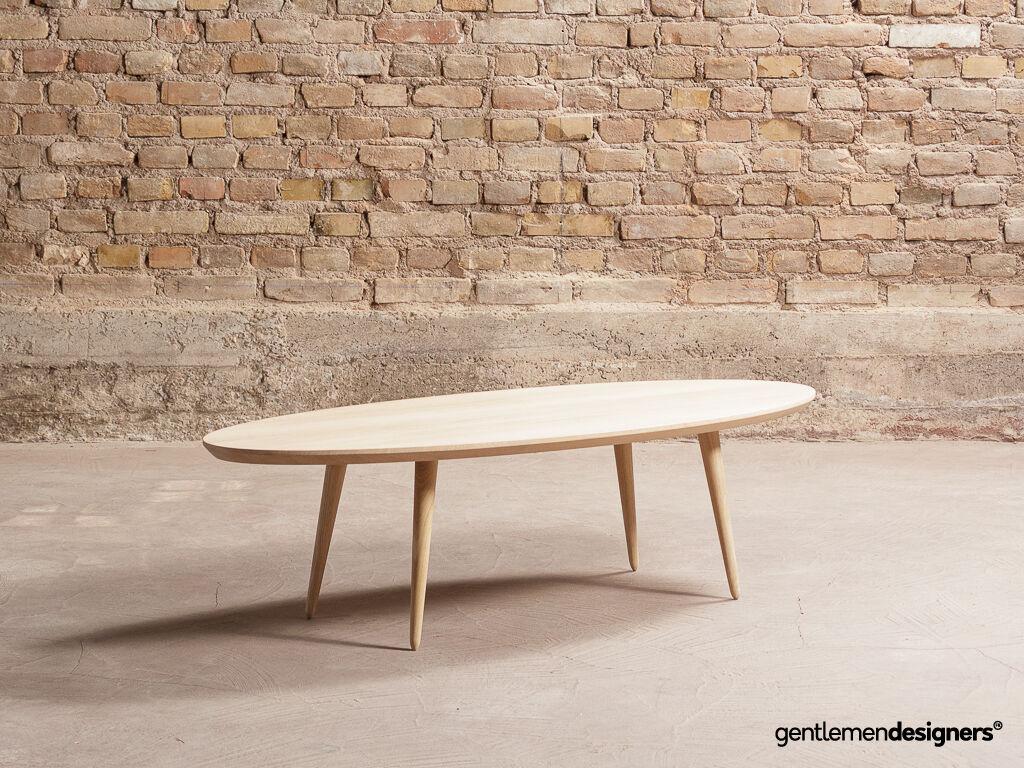 N'hésitez pas à mixer les styles , associer par exemple une table basse scandinave en bois à un meuble industriel pour un salon résolument vintage !